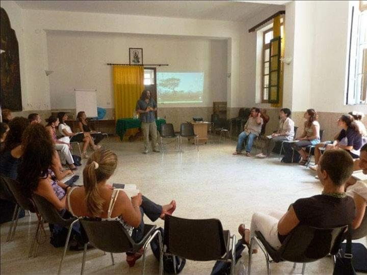 assistenti-sociali-senza-frontiere-seminari